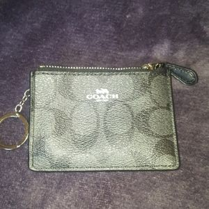 Coach ID coin wallet